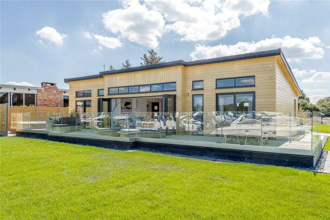 Thumbnail Lodge for sale in Windsor Marina, Windsor, Berkshire
