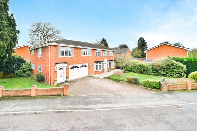 Thumbnail Detached house to rent in Harwood Gardens, Old Windsor, Windsor