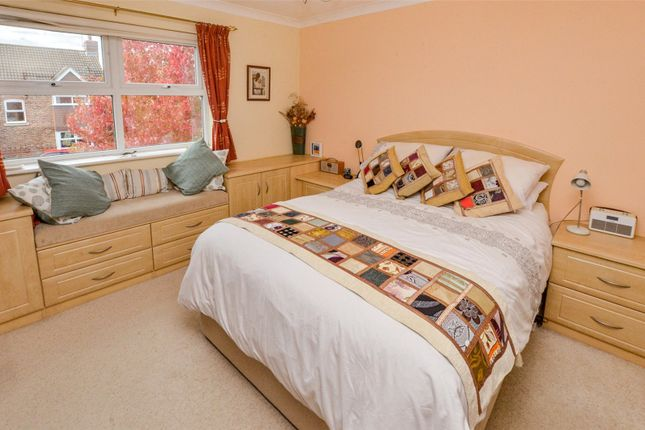 Bedroom No 1 of Dymewood Road, Three Legged Cross, Wimborne BH21