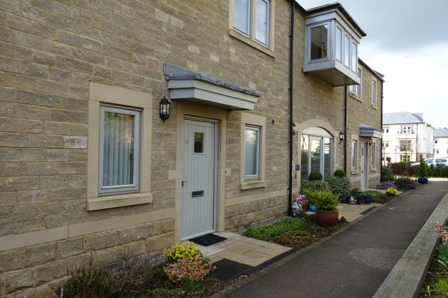 Thumbnail Flat for sale in Crompton Close, Matlock