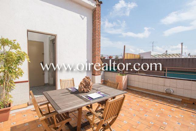 4 bed apartment for sale in Carrer De Les Orioles, 13, 08940 Cornellà De Llobregat, Barcelona, Spain