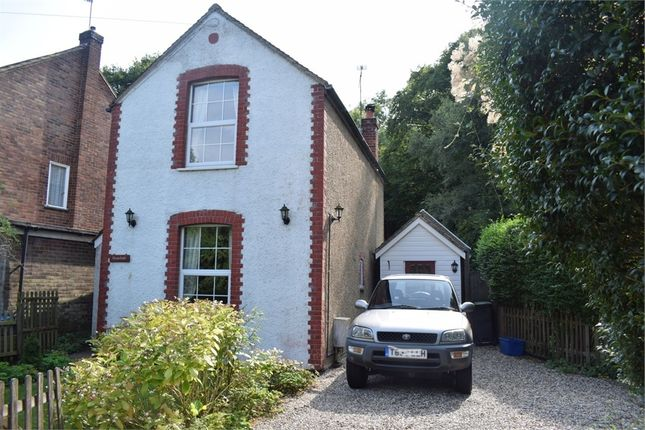 Thumbnail Cottage for sale in Woodside, Thornwood, Epping, Essex