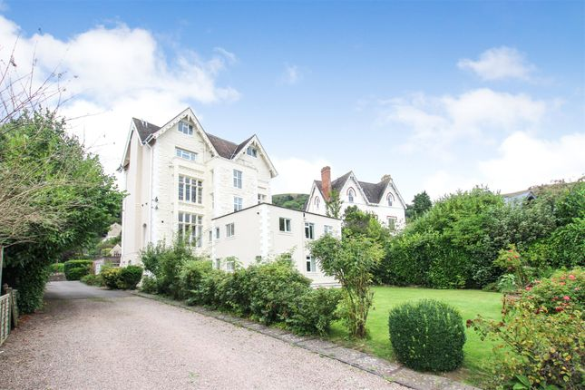 Picture No. 22 of Lansdowne Court, 42 Priory Road, Malvern, Worcestershire WR14
