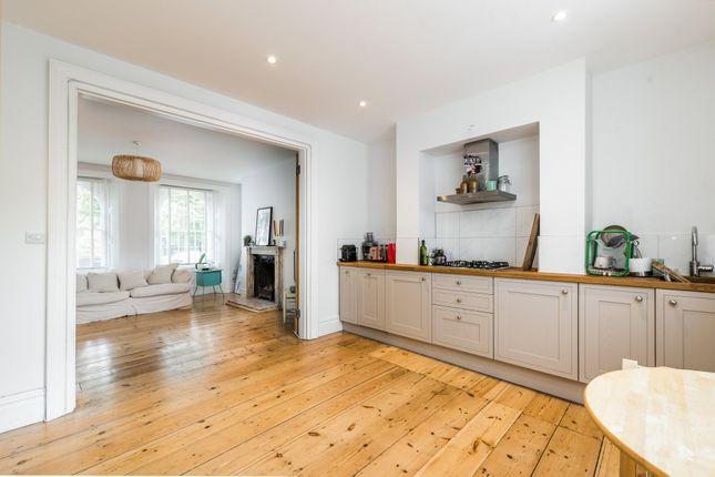 Thumbnail Flat to rent in Grove Lane, London