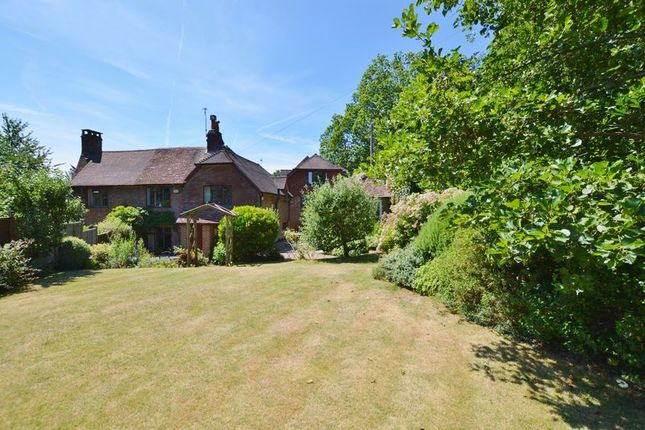 3 bed semi-detached house for sale in Malthouse Lane, Hambledon, Godalming
