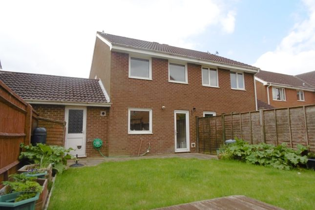 Thumbnail Semi-detached house to rent in Curtis Avenue, Abingdon