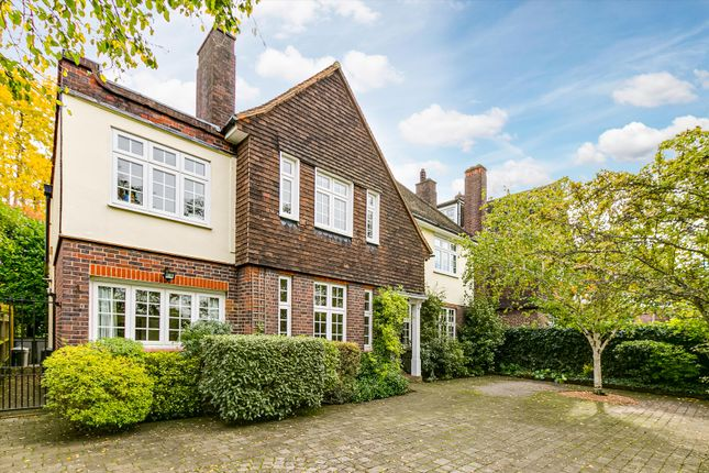 Thumbnail Detached house for sale in Dover House Road, London