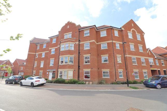 Thumbnail Flat for sale in Reid Crescent, Hellingly, Hailsham