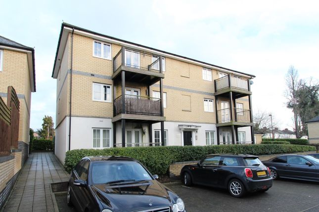 Thumbnail Flat for sale in Ipswich Road, Colchester