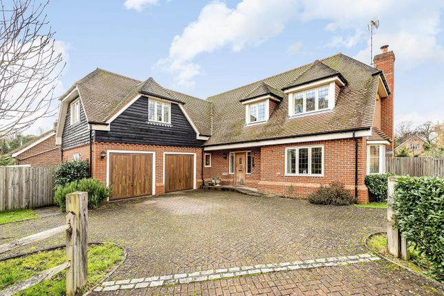 Thumbnail Detached house for sale in Simmons Place, Ifold