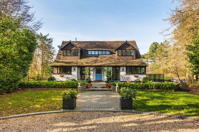 Thumbnail Detached house for sale in The Ridge, Woldingham, Caterham