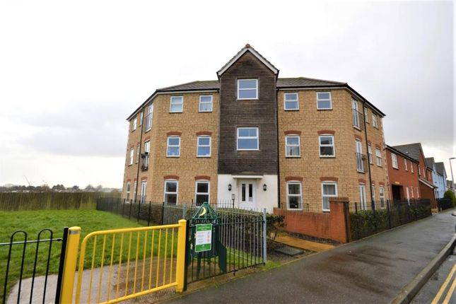 Thumbnail Flat to rent in Chaucer Grove, Exeter, Devon