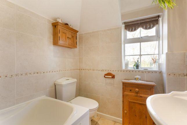 Bathroom of Stanbury Park, Wellington Court, Reading RG7