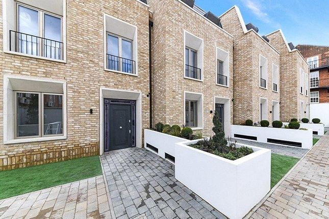 Thumbnail Terraced house for sale in Wedgwood Villas, Horticultural Place, London