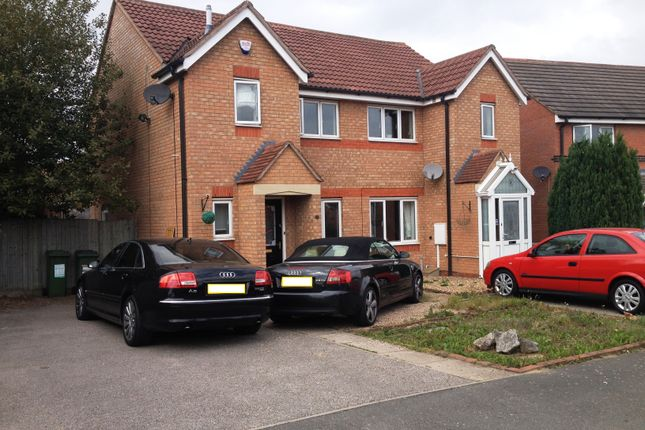 Thumbnail Semi-detached house to rent in Bromwich Close, Thorpe Astley