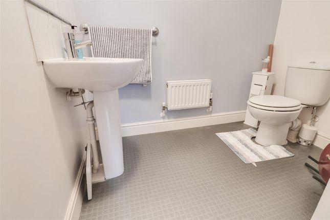 Cloakroom of Guardian Avenue, North Stifford, Grays RM16