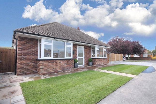 2 bed detached bungalow to rent in Bedford Road, Holland-On-Sea, Clacton-On-Sea CO15