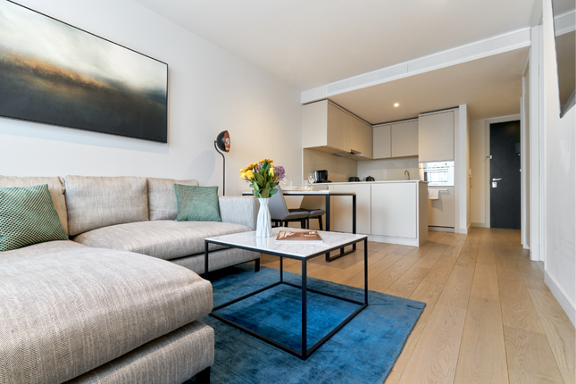 Thumbnail Flat to rent in City Suites, Chapel Street, Salford