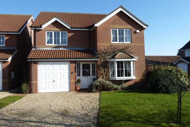 Thumbnail Property for sale in Kestrel Drive, Louth, Lincolnshire