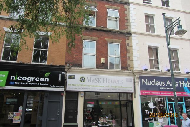 Thumbnail Flat to rent in Military Road, Chatham, Kent