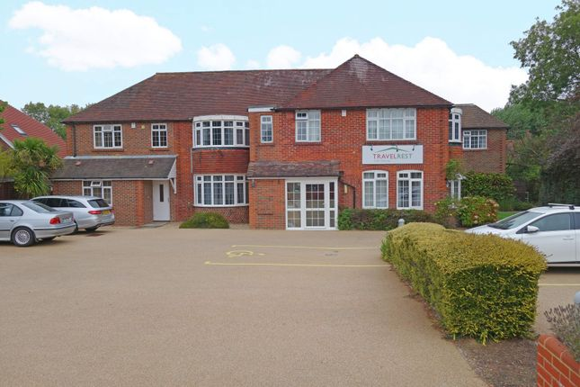 Thumbnail Hotel/guest house for sale in Hotel, Fareham