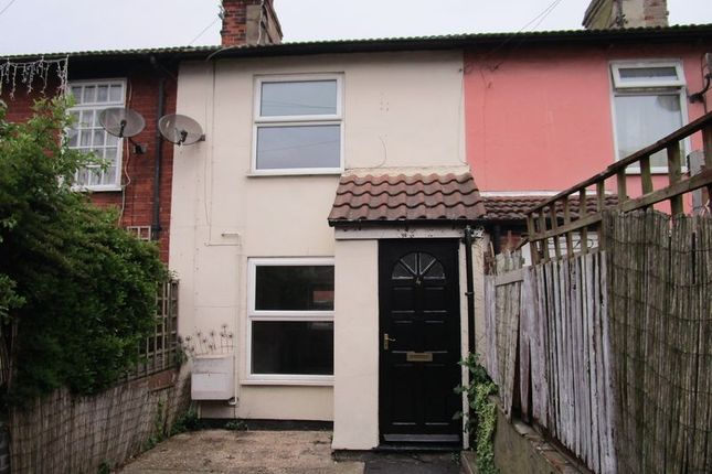 Thumbnail Terraced house to rent in Old Wellington Place, Great Yarmouth
