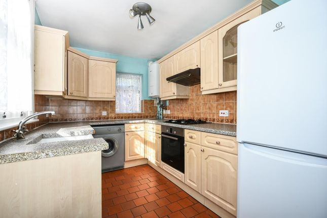 Kitchen of Rippon Street, Aylesbury HP20