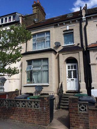 Thumbnail Maisonette to rent in Cavendish Road, Manor House, London