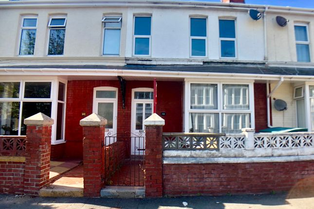 Fenton Place, Porthcawl CF36