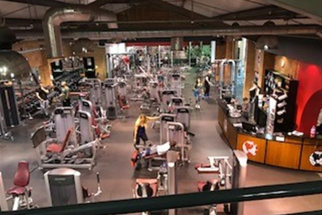 Thumbnail Leisure/hospitality for sale in Excellent 12, 500 Sqft Gym MK41, Bedfordshire
