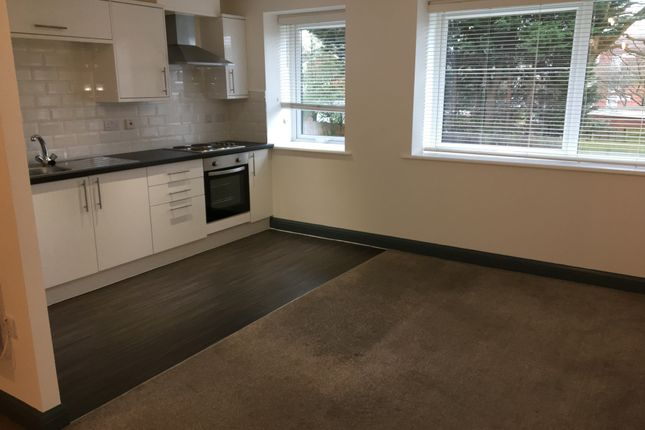 Studio to rent in Meynell House, Browns Green, Birmingham B20