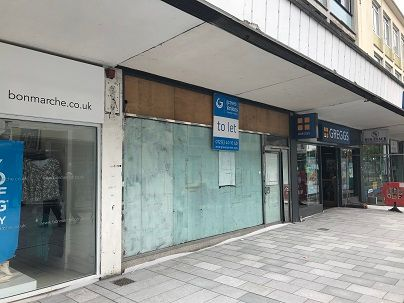 Thumbnail Retail premises to let in Queensway, Crawley