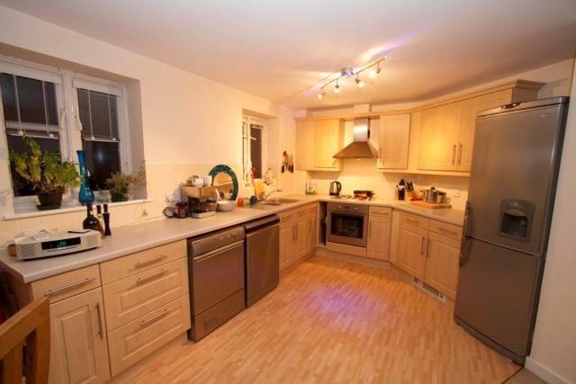 2 bedroom flat to rent in Star Lane, Ipswich