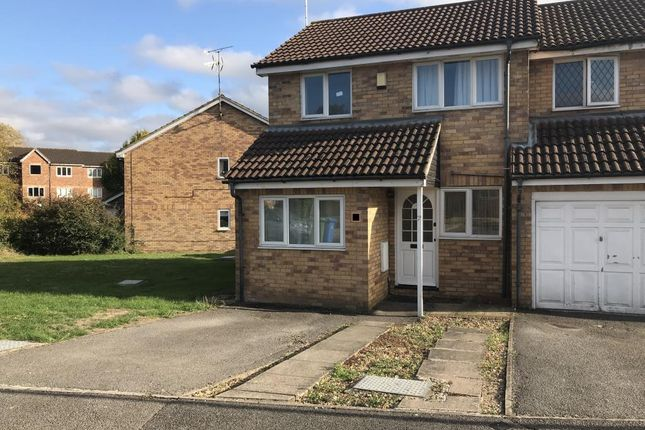 Thumbnail Semi-detached house to rent in Simmonds Close, Binfield