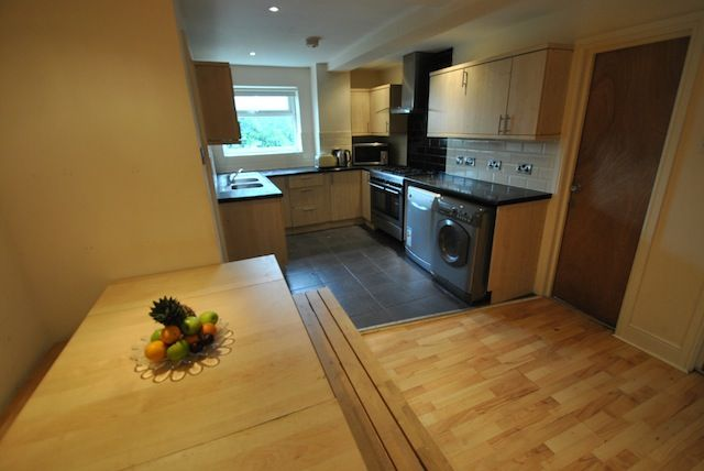 Thumbnail Semi-detached house to rent in Kingswood Road, Fallowfield, Manchester