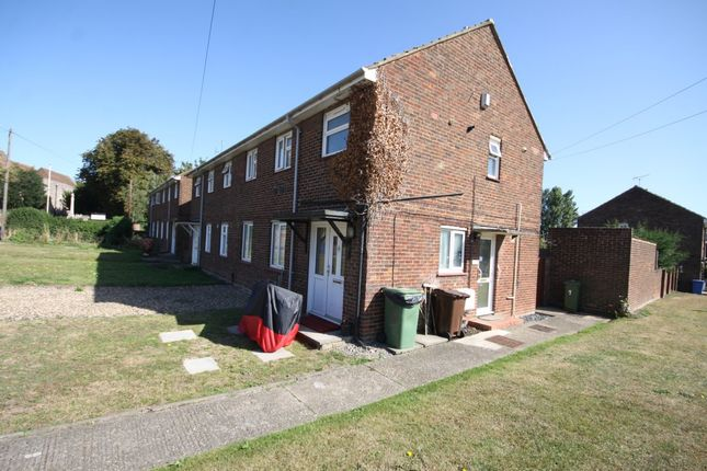 Thumbnail Property to rent in Green Porch Close, Sittingbourne