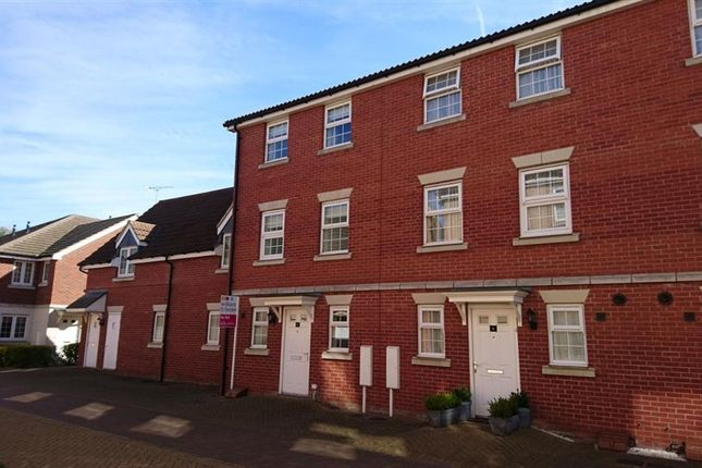 Thumbnail Property to rent in Pacey Way, Grantham