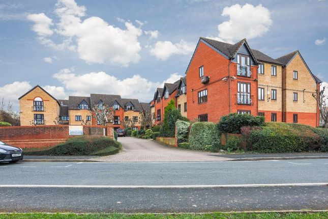 2 bed flat for sale in Kingfisher Court (Droitwich), Droitwich Spa WR9