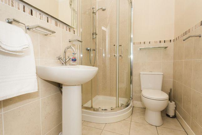 En-Suite Shower Room (Bedroom 2)