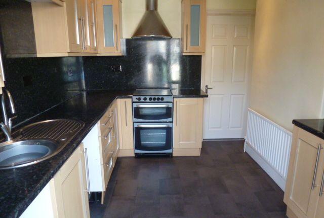 Flat to rent in Wilton Street, Millbridge, Plymouth