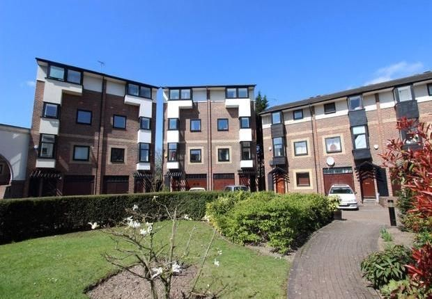 Thumbnail Town house to rent in Barnfield Place, Docklands, London
