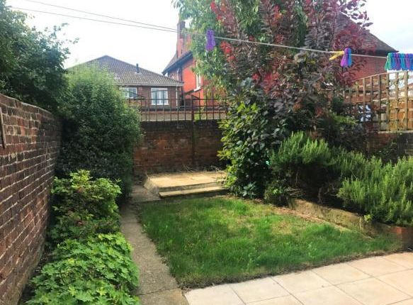 Thumbnail Property to rent in Delamere Road, Southsea