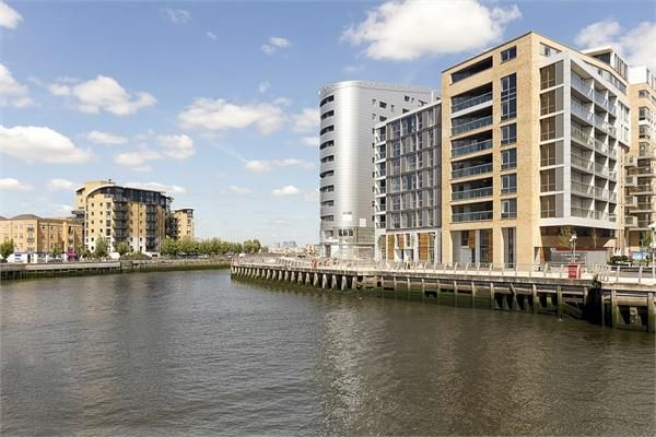 Thumbnail Duplex to rent in Dowells Street, Greenwich