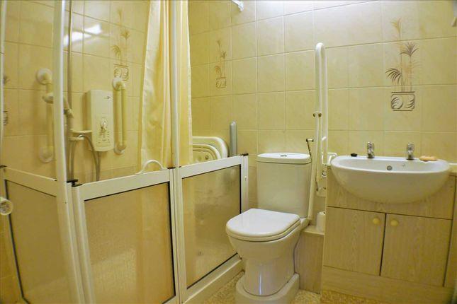 Shower Room of Richmond House, Street Lane, Leeds LS8