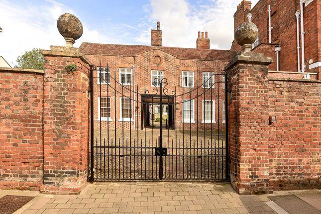 Thumbnail Flat for sale in Twickenham House Apartment, Abingdon-On-Thames