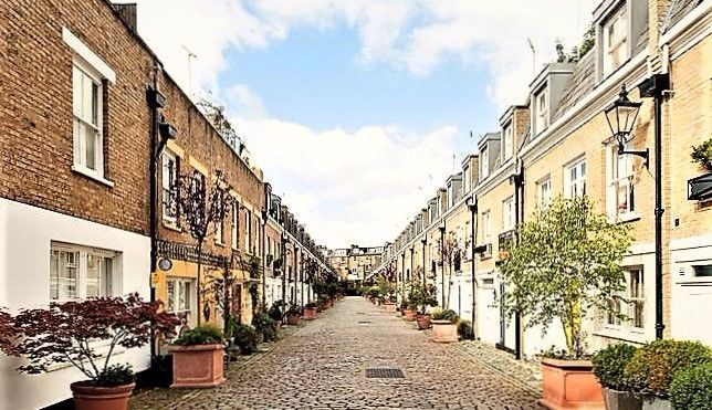 Thumbnail Terraced house for sale in Elnathan Mews, London