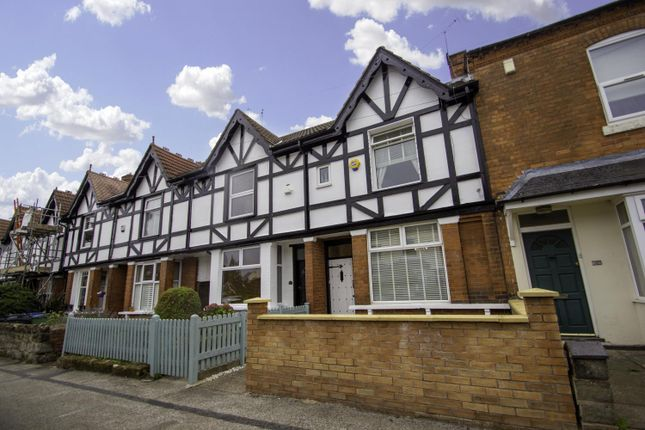 Town house for sale in Milcote Road, Smethwick, West Midlands