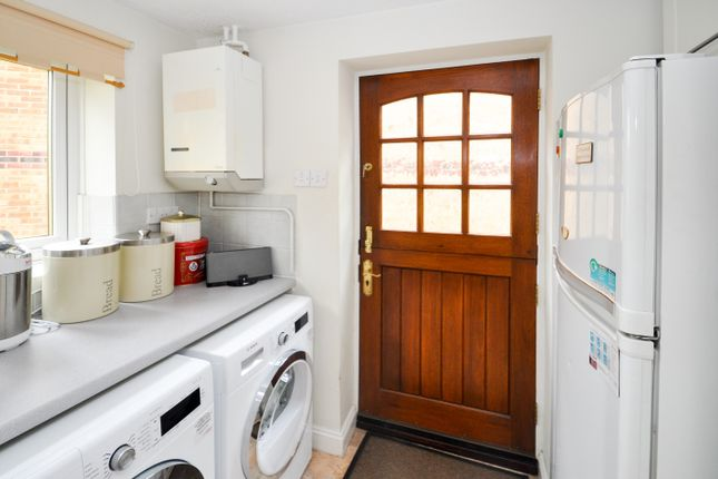 Utility Room of Forsythia Close, Bicester OX26