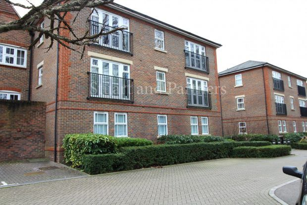 2 bed property to rent in Brooklands, Bolnore Village