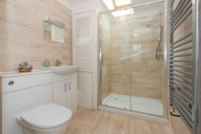 Bungalow Shower Room